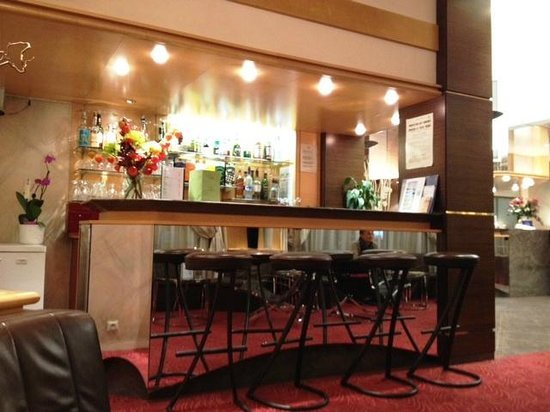 BEST WESTERN Hotel Carlton: il bar dell'hotel