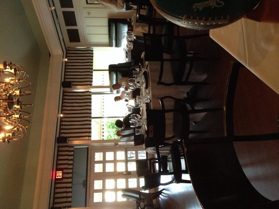 Shula's Steak House-The Original: Dining Room