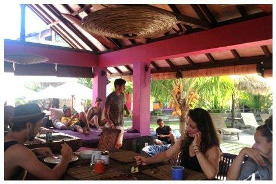 Rapture Surfcamp Bali : Essbereich