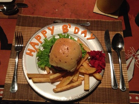 Asian Jewel Boutique Hotel: A birthday burger