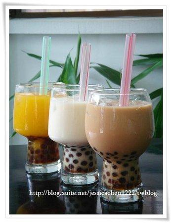 Ma Ma Chen Healthy Meal Coffee & Snack : 珍珠奶茶  Bubble Milk Tea