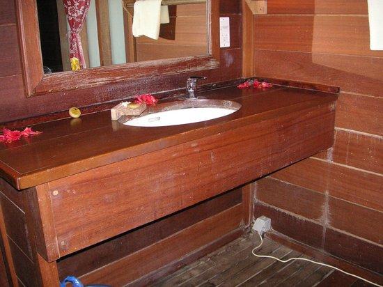 Hotel Matira : lavandino