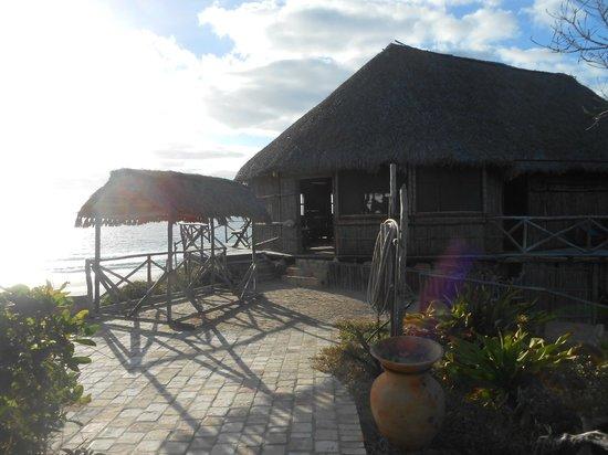 Bamboozi Beach Lodge : The restaurant