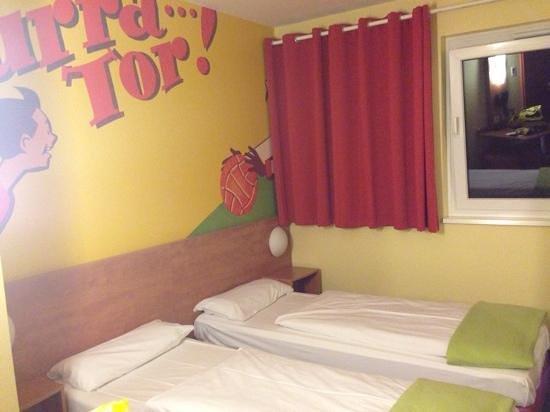 B&B Hotel Dortmund-Messe: twin room