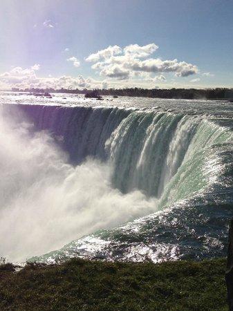 Chariots of Fire Ltd.: Top of Niagara Falls