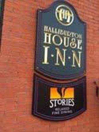 Stories Fine Dining : Stories Restaurant in the Halliburton Inn in Halifax, Nova Scotia