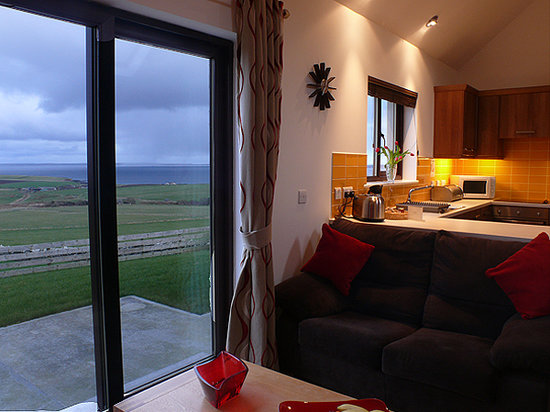 Scapa Flow Lodges: Brilliant view of Scapa Flow