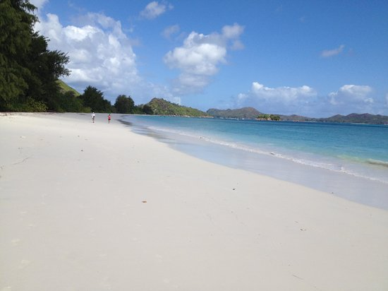 Acajou Beach Resort : spiaggia