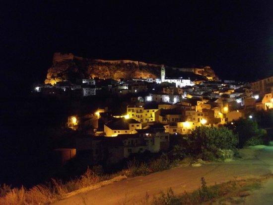 La Casa Serena: Chulilla de noche
