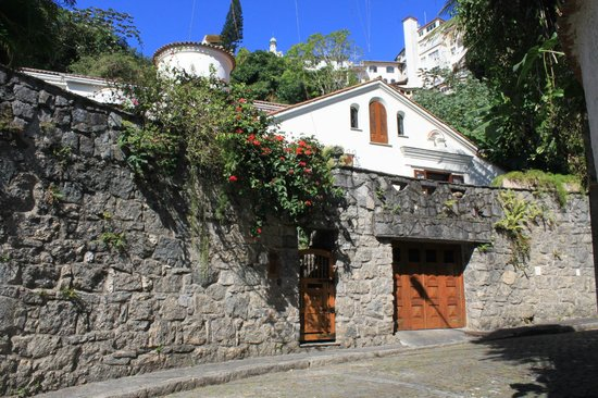 Casa Beleza: View from the street