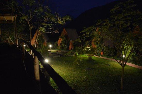 La Confianza Hotel - Lunahuana: quietud nocturna