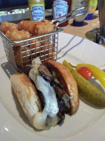 The Phoenician, Scottsdale: Kobe mushroom burger at 'Relish'