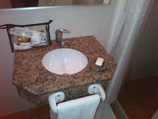 Hotel Bravamar: había un buen espejo