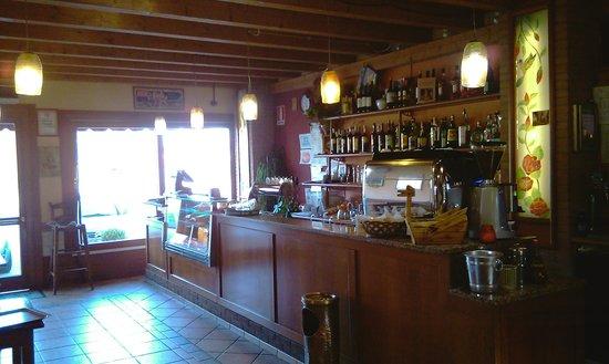 Trattoria Pizzeria Dal Bocoeto: Bar