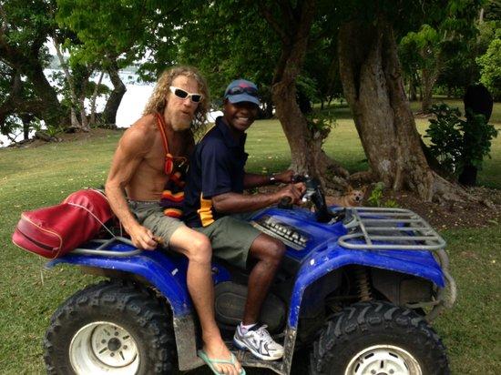 Aore Adventure Sports & Lodge: off to golf - vanuatan style