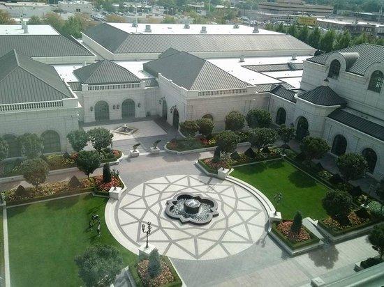 Grand America Hotel: Room view