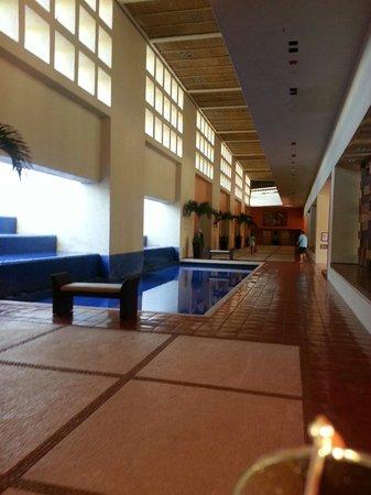 The Westin Resort & Spa Puerto Vallarta: Camino hacia el Lobby