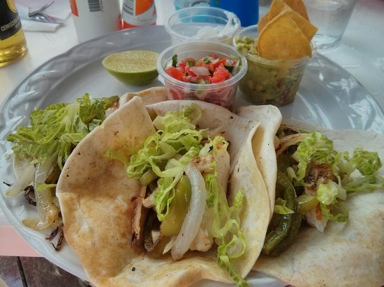 Bahia Tortuga: Fish tacos