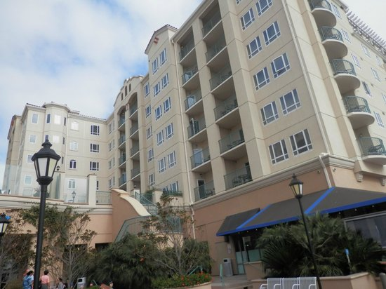 Wyndham Oceanside Pier Resort: Exterior view
