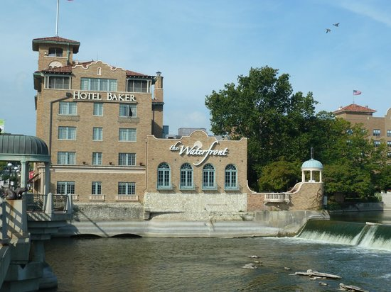 Hotel Baker: View from Fox River