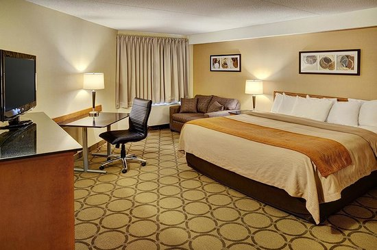 Comfort Inn: New Spacious King Room!