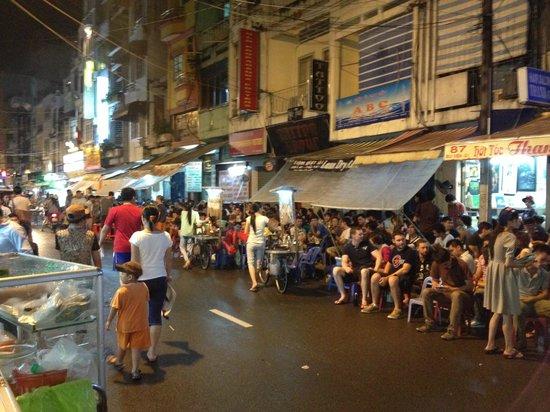 Beautiful Saigon Hotel : happening street downstairs esp during weekends
