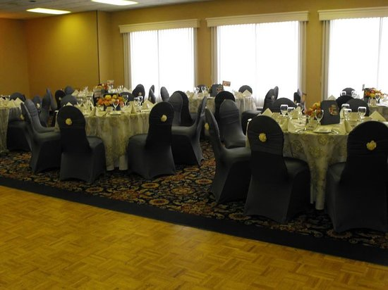 Best Western Plus Norwester Hotel & Conference Centre: Banquet Hall