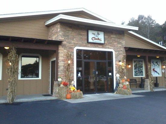 Charlie's Italian Restaurant & Pizzeria: exterior shot