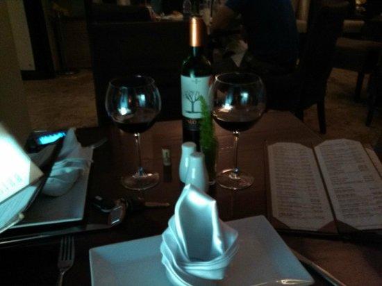 Noah Restaurant & Lounge: Palo Alto Reserva Wine