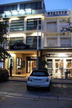 El Coso Hotel : Hotel entrance
