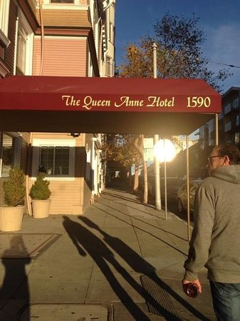 Queen Anne Hotel: the entrance on Sutter Street.