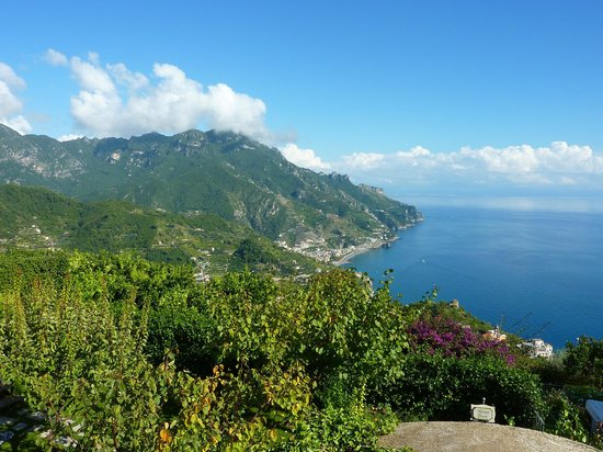 Belmond Hotel Caruso: View looking over the Bay of Salerno