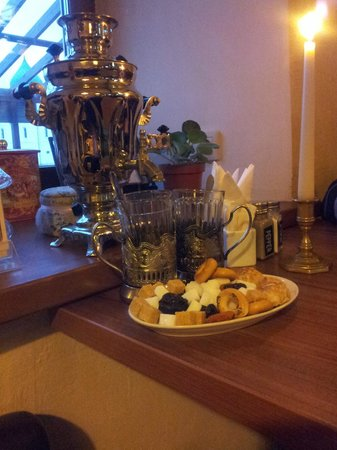Monpasie Cafe: чаепитие по-русски