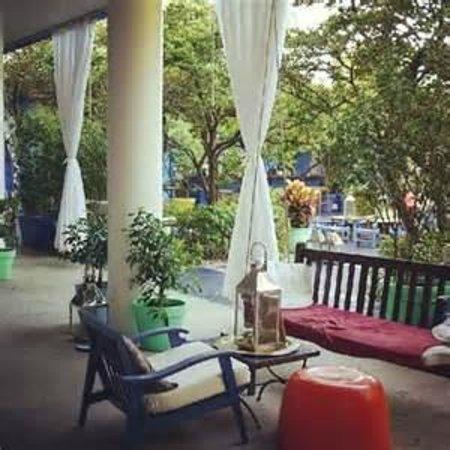 Shore Club South Beach Hotel: Very Cool courtyard