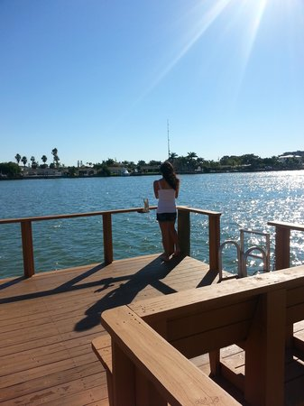 Westwinds Waterfront Resort : Daughter fishing.