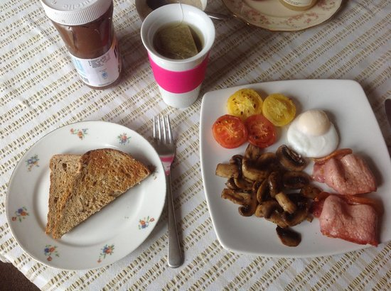 Bird's Rest: My breakfast cooked by Chris