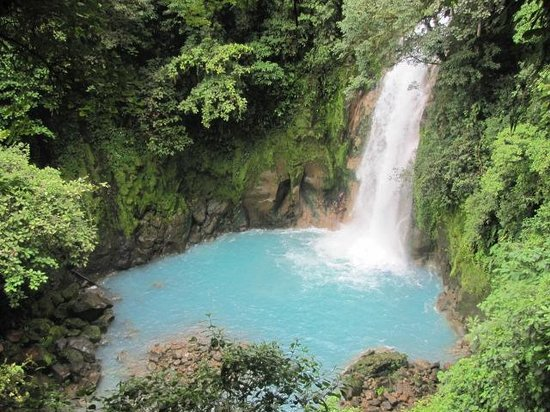 Rio Celeste Hideaway Hotel : The remarkable blue waters