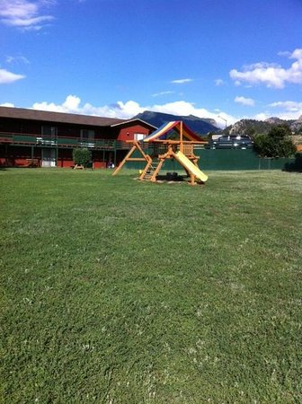 Discovery Lodge: Children's playground