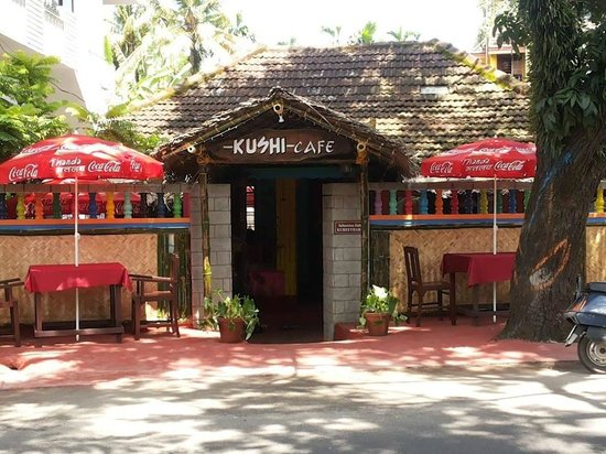 Kushi Cafe and Restaurant : Front View of Kushi Cafe