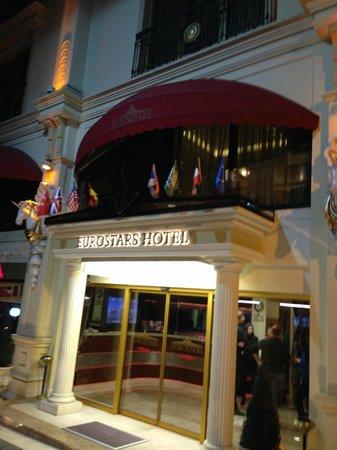 Eurostars Hotel Old City : Entrée de l'hotel