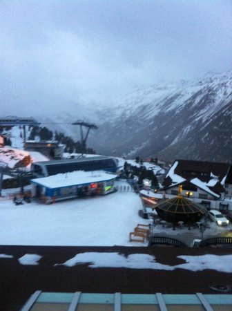 Top Hotel Hochgurgl: Вид из номера на горы