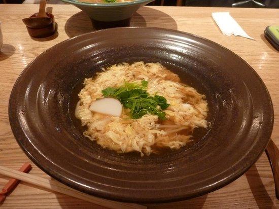 Tsurutontan Haneda Airport: 卵とじのおうどん