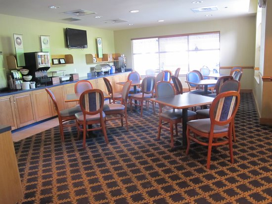 Country Inn & Suites By Carlson, Williamsburg Historic Area: cosy