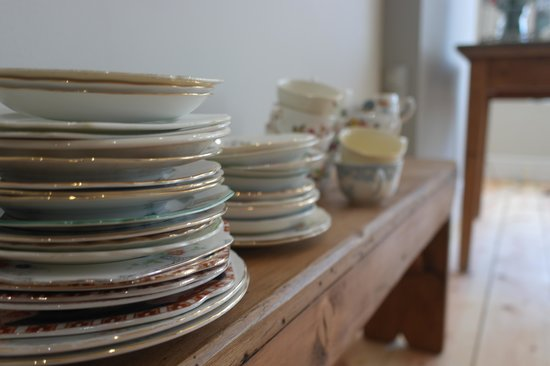 The Green Room: Some of the gorgeous crockery