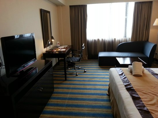 Luxent Hotel : Spacious room
