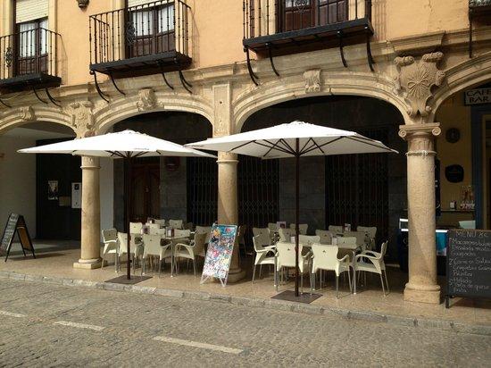 Restaurante Cafe-Bar Liceo Accitano: TERRAZA