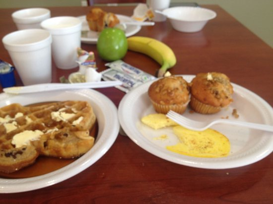 Ramada College Station: Love Texas Waffles, Banana Nut Muffins, Blueberry Muffins, Chocolate Muffins,Eggs,Bagels,Bacon,F