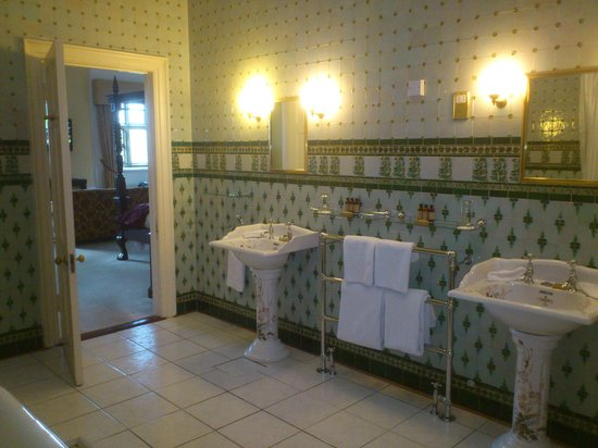 Waterford Castle Hotel & Golf Resort: Presidential Suite