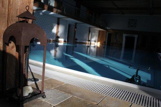 Meisters Hotel Irma: piscina