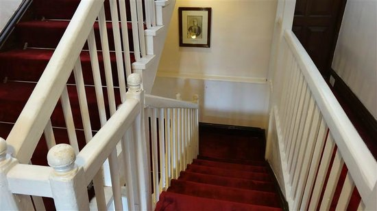 The Elgin, Darjeeling: drab staircase out of keeping with the rest of the hotel